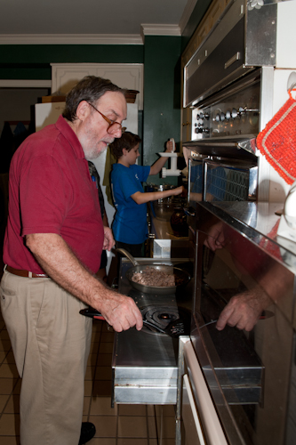 dave cooking sausage for stuffing