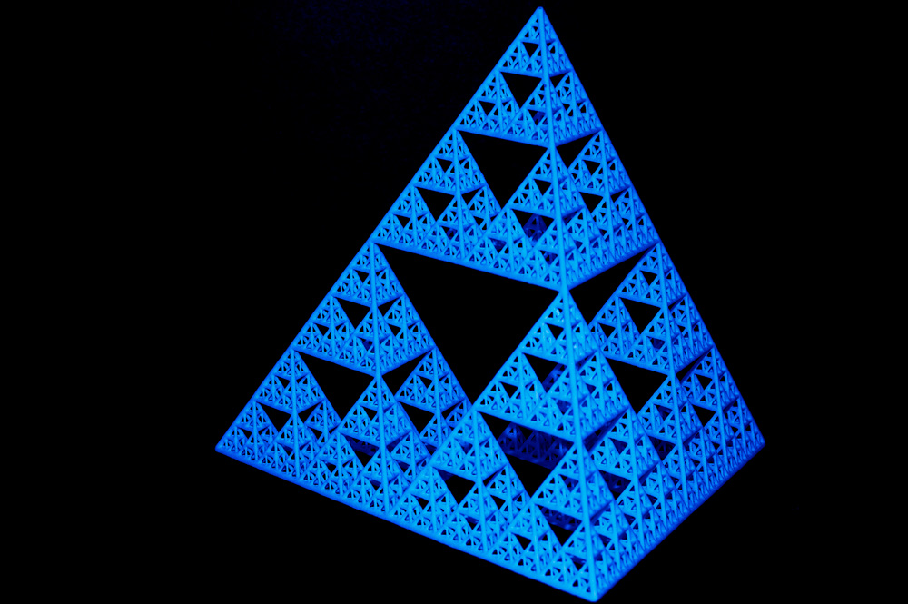 blue Sierpinski tetrahedron