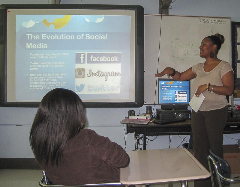 Jessica teaching social